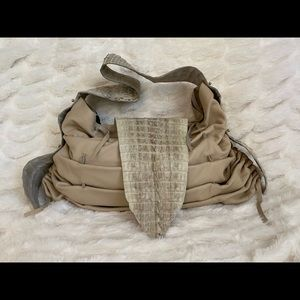Real Crocodile shoulder bag.